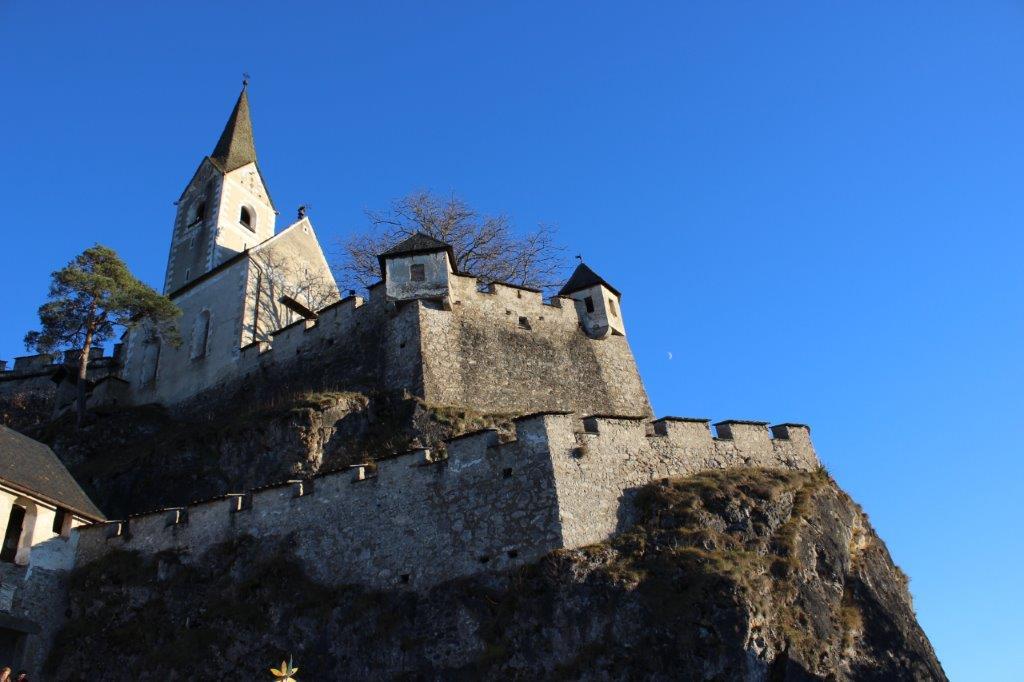 Die Mauern der Burg Hochosterwitz